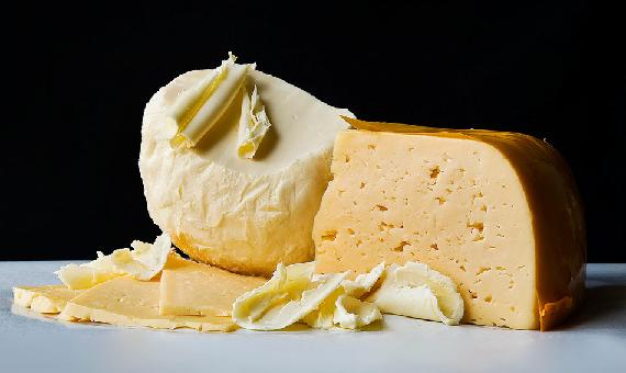 Сыр и масло