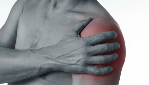 Боль в руке между плечом и локтем